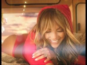 Video: Jennifer Lopez & Bad Bunny – Te Guste